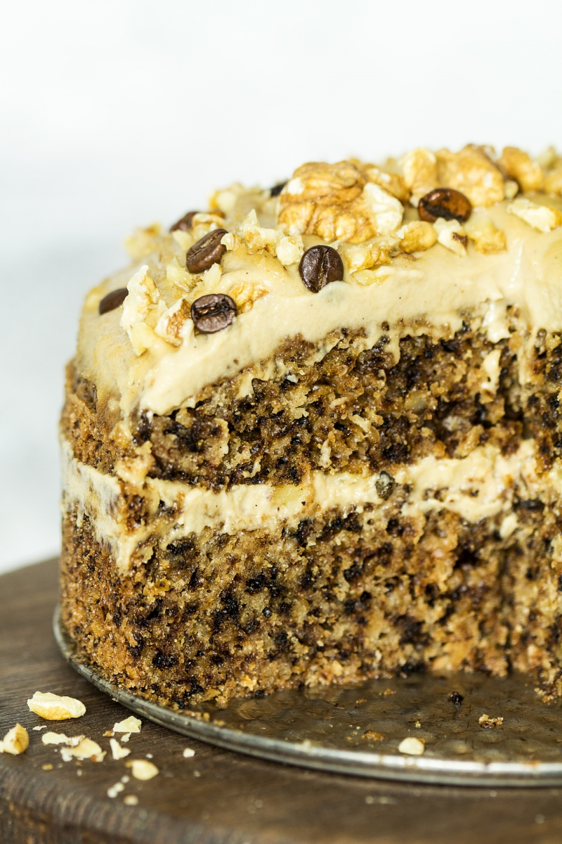 vegan walnut cake cross section