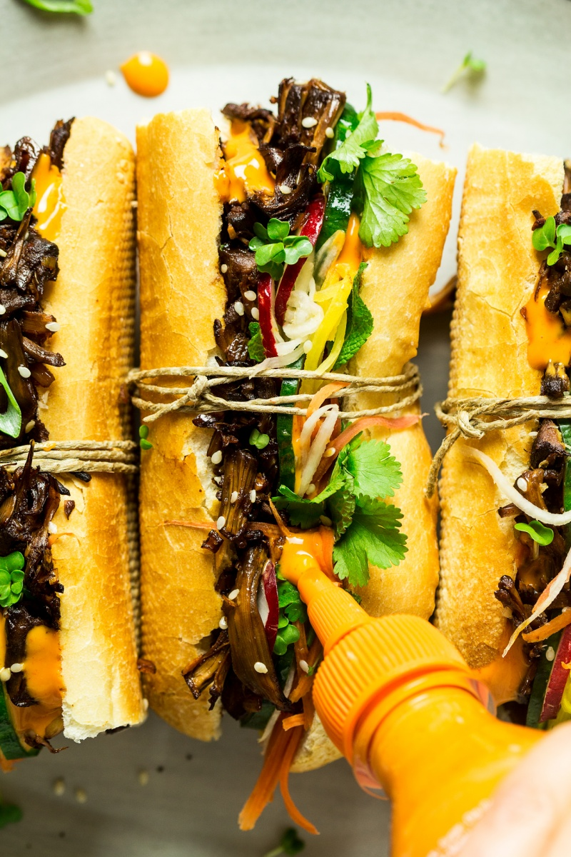 vegan pulled pork banh mi sauce