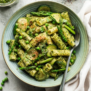 vegan pesto pasta bowl