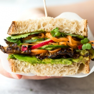 asian mushroom sandwich cross section