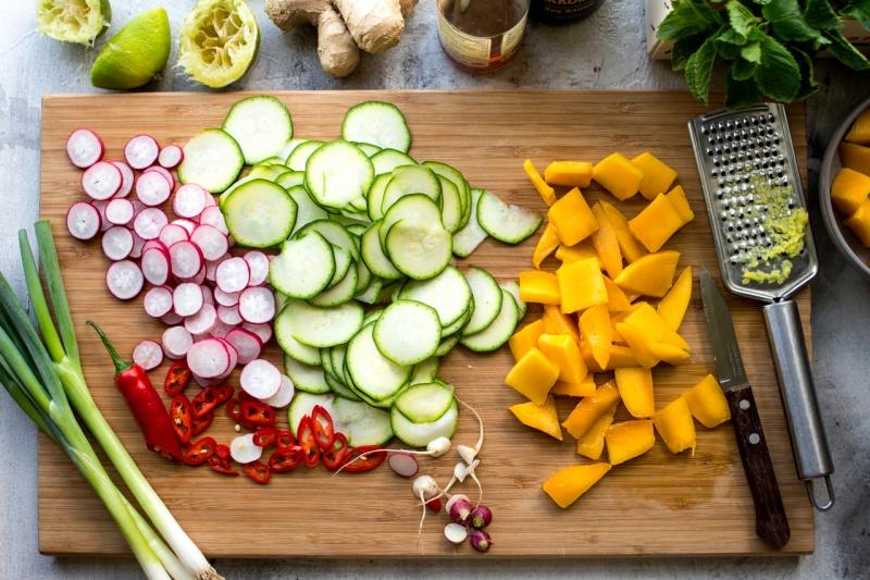 mango zucchini salad slicing