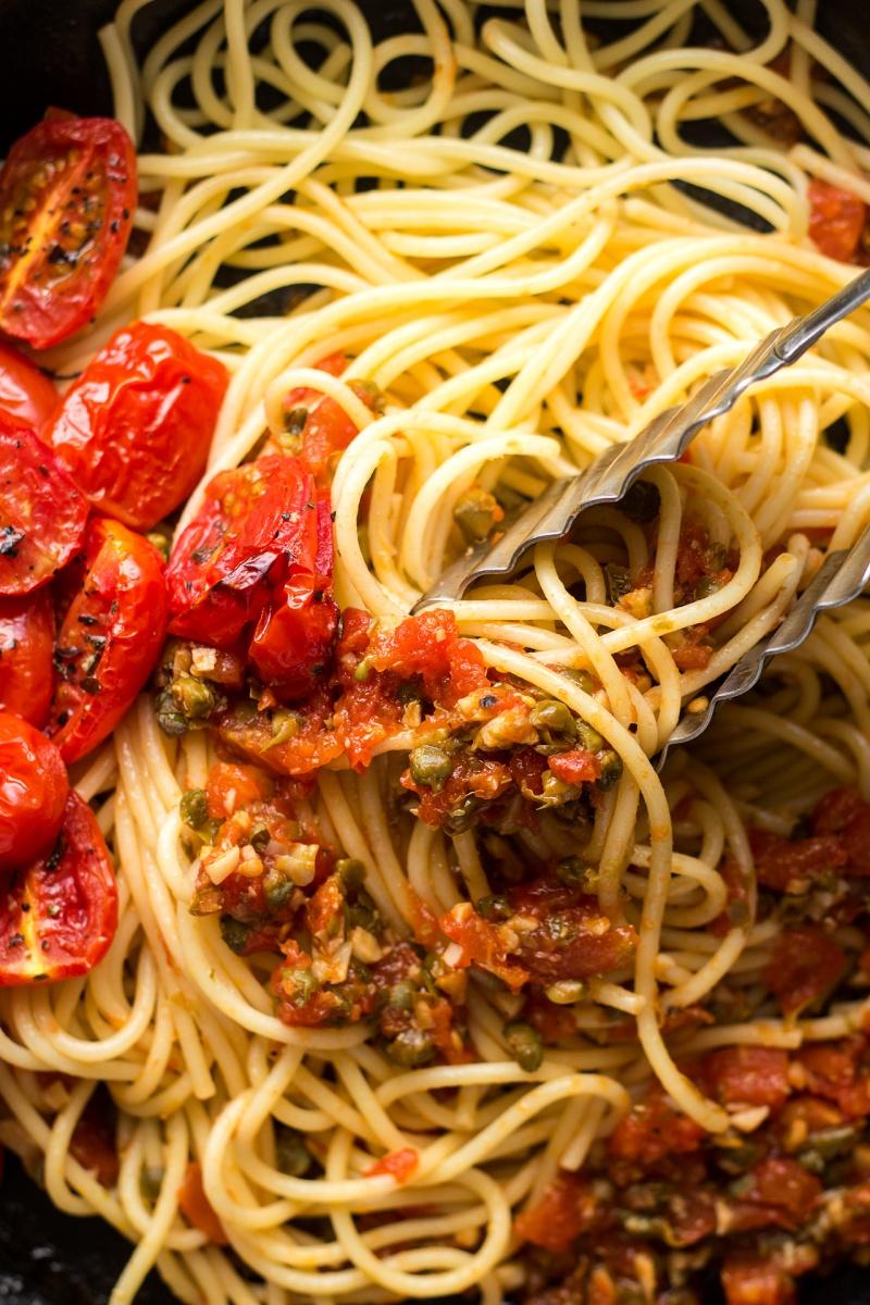 roasted tomato pasta macro
