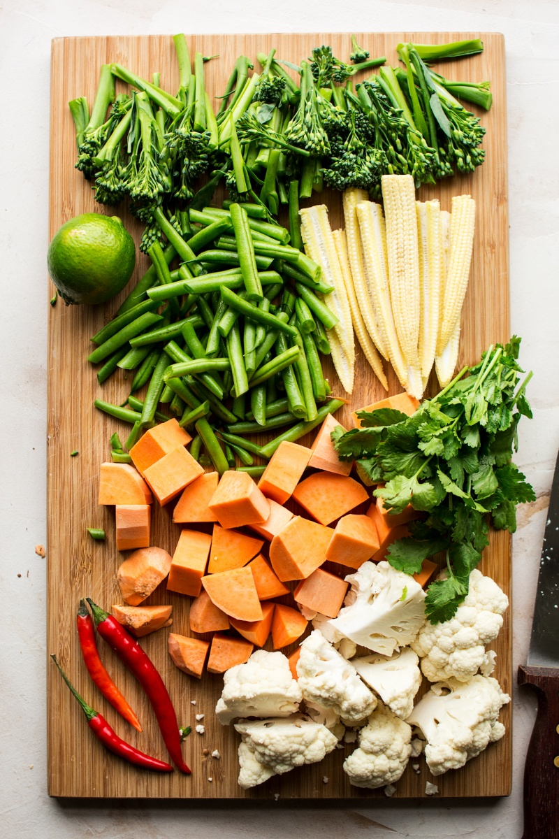 vegan thai red curry ingredients