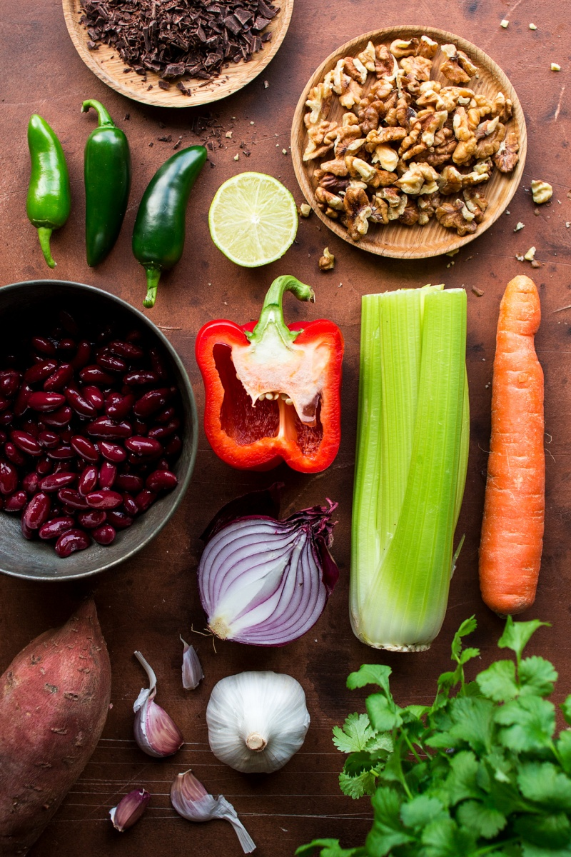 vegan lentil chilli ingredients