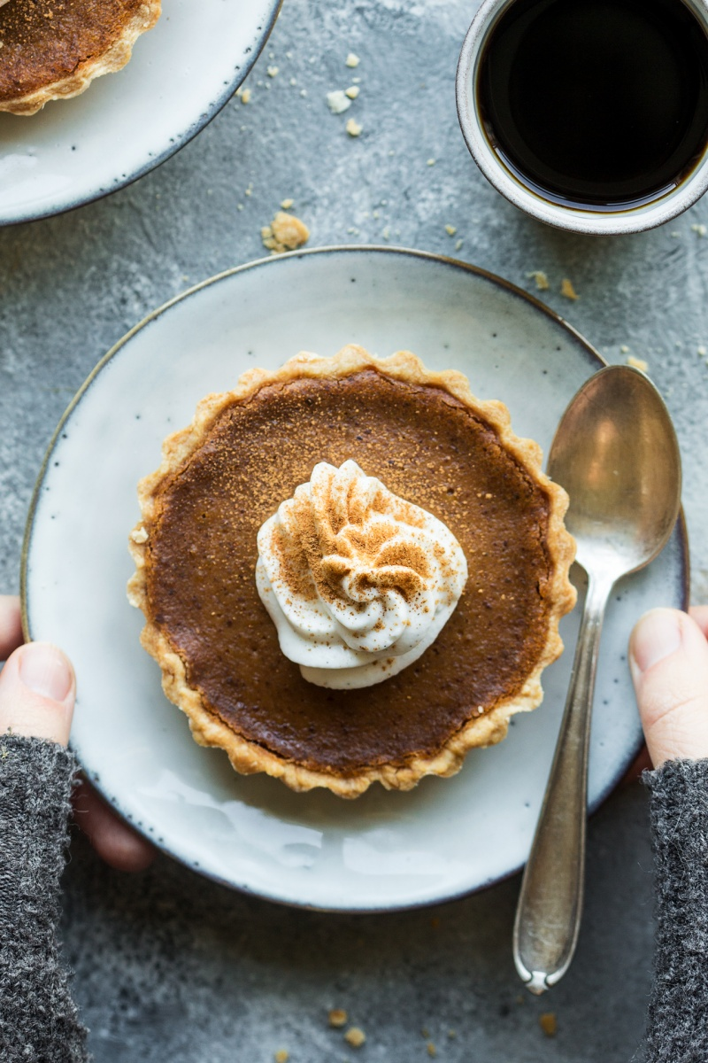 vegan pumpkin pie plate