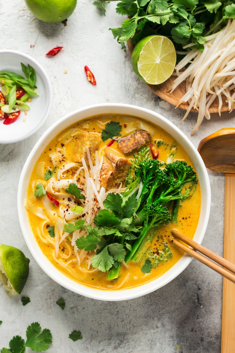 vegan laksa bowl