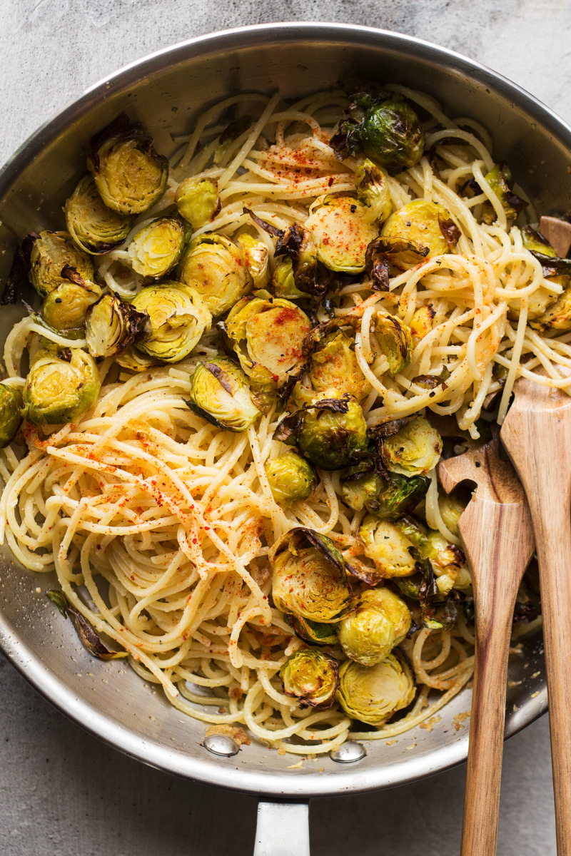 brussel sprout pasta pan