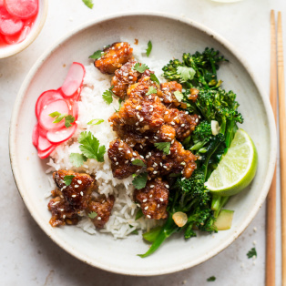 fried tempeh bowls lunch