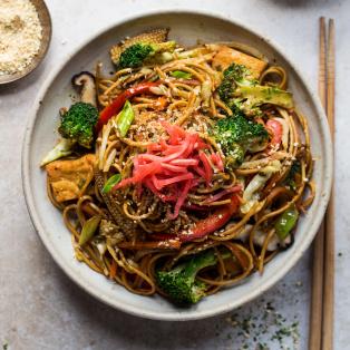 vegan yakisoba dish