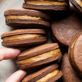 peanut butter sandwich cookies bowl