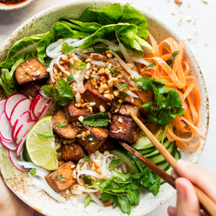 vegan bun noodles bowl