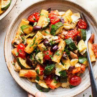 vegan summer pasta close up