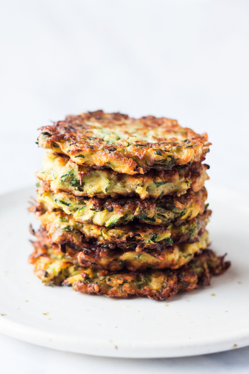 Vegan courgette fritters