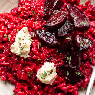 vegan beetroot risotto close up