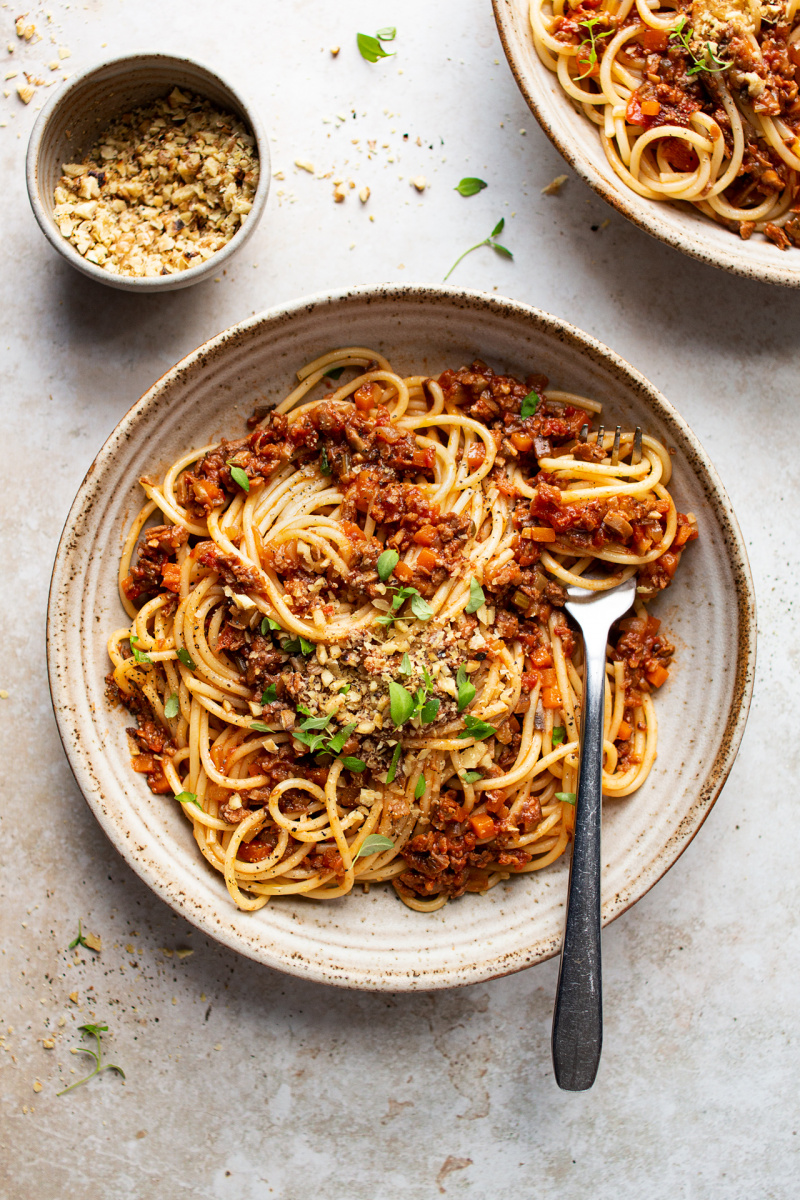 plant bolognese two bowls
