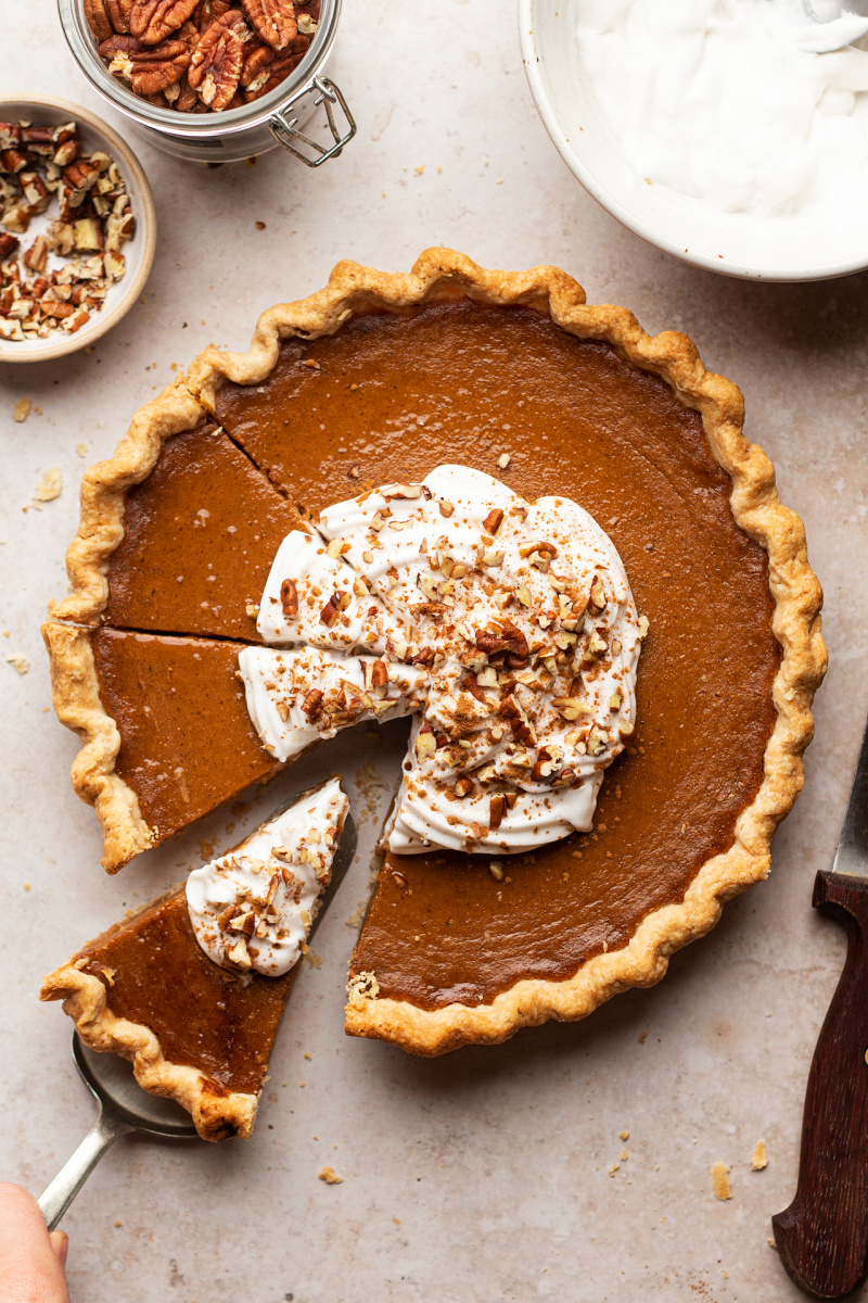 vegan pumpkin pie cut