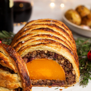 vegetarian wellington cross section