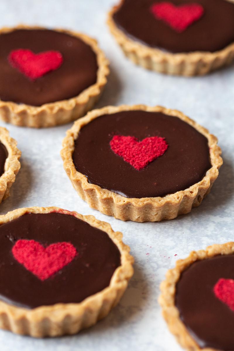 chocolate raspberry tarts side