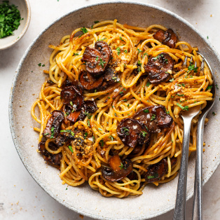 vegan balsamic mushroom pasta