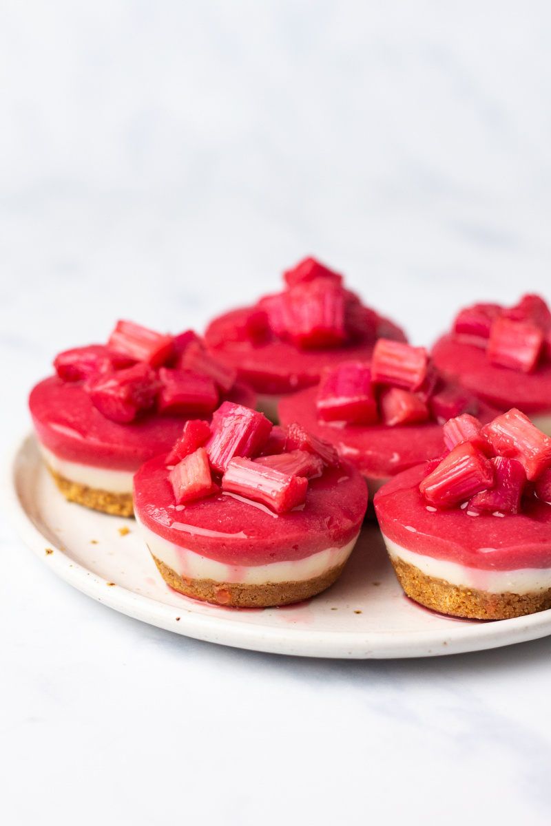 vegan rhubarb ginger cheesecakes