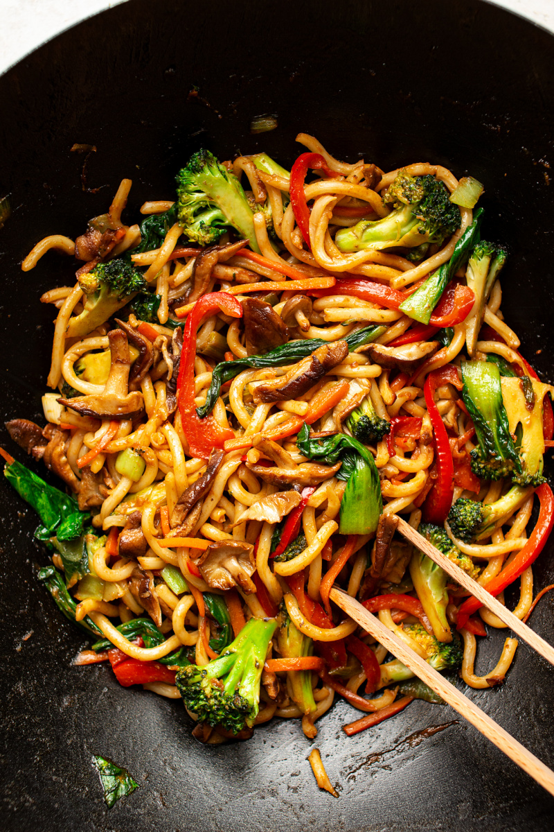 vegan yaki udon wok
