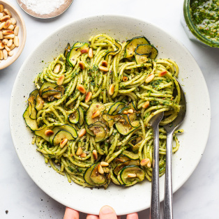 vegan wild garlic pesto pasta