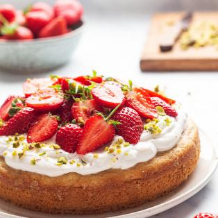 white chocolate vegan sponge strawberries backlit