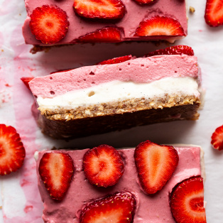 vegan strawberry cheesecake slice cross section