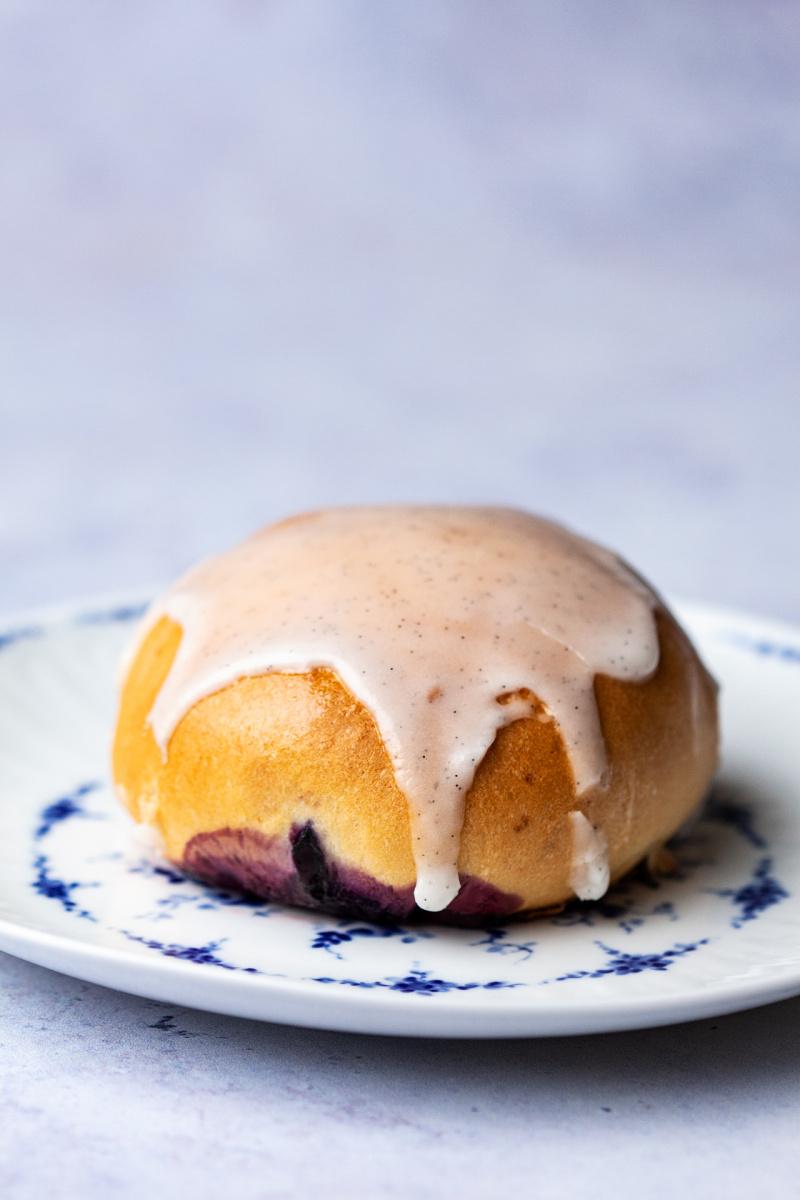 vegan jagodzianki blueberry buns small