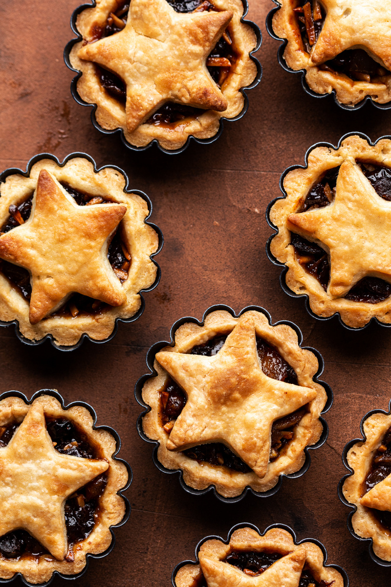 vegan mince pies baked