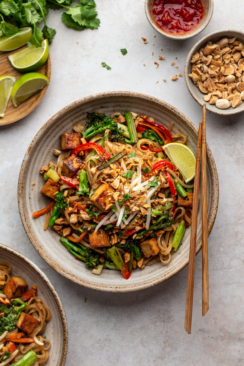 healthier vegan pad thai lunch