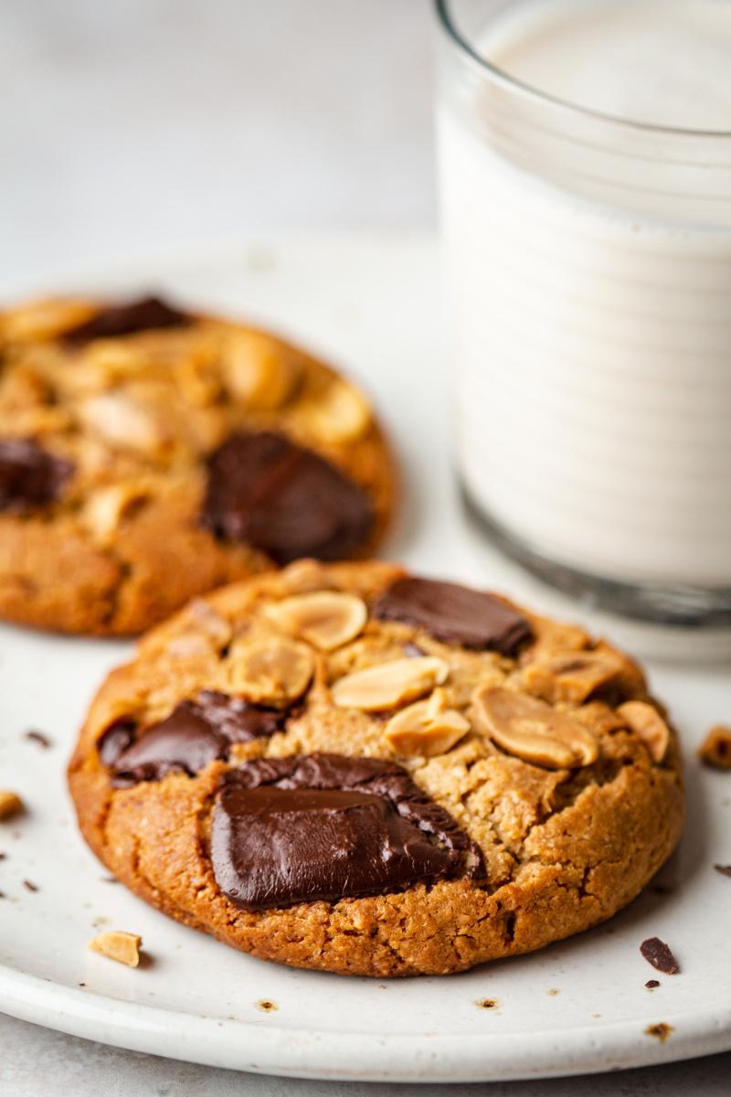 vegan peanut butter cookies plant milk