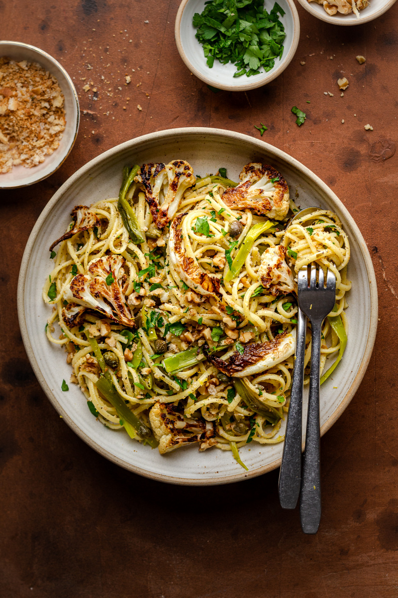 roasted leek cauliflower pasta plate