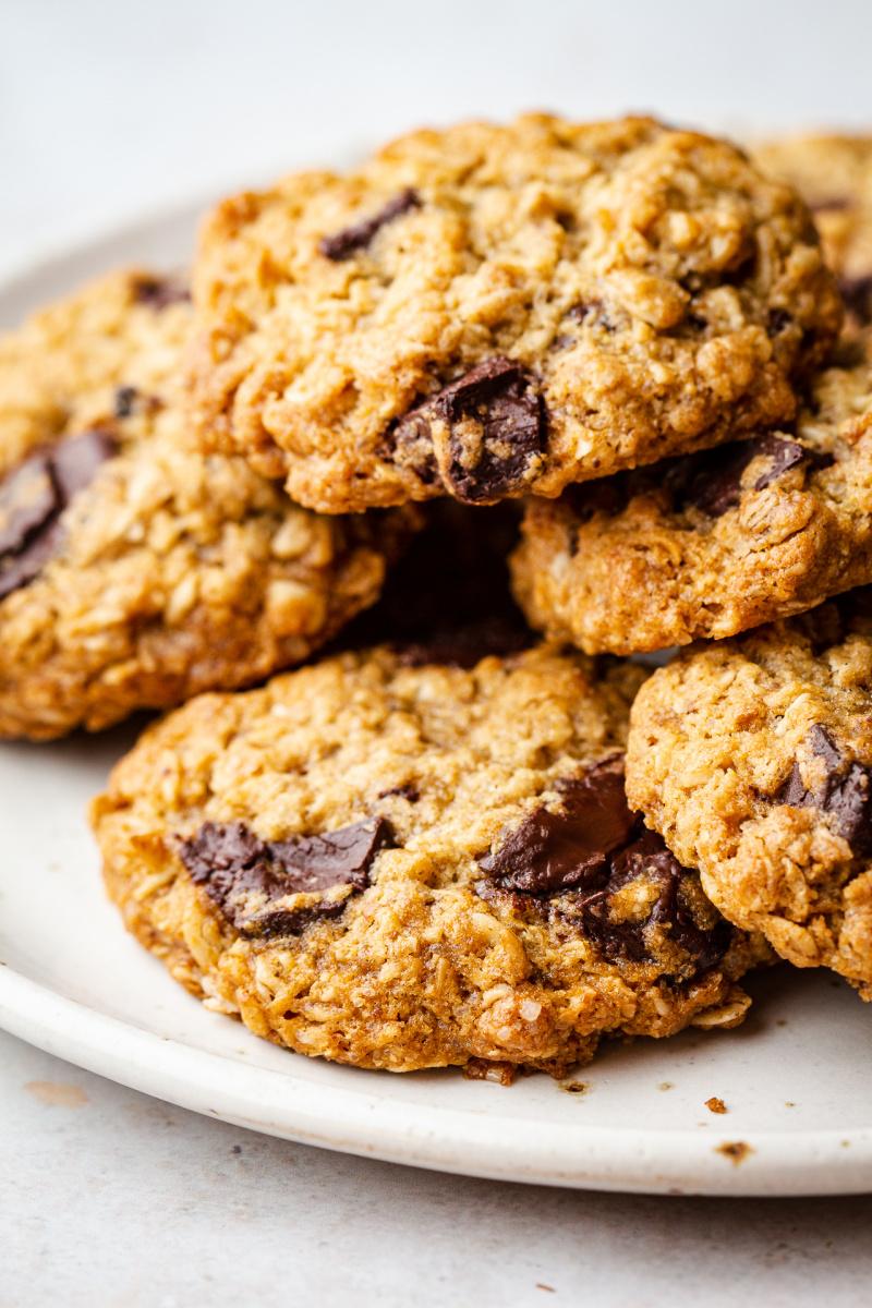 vegan oat cookies plate