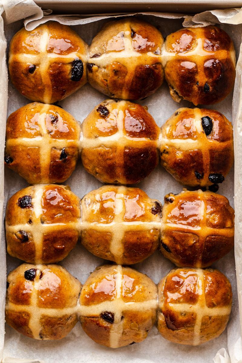 vegan hot X buns baked