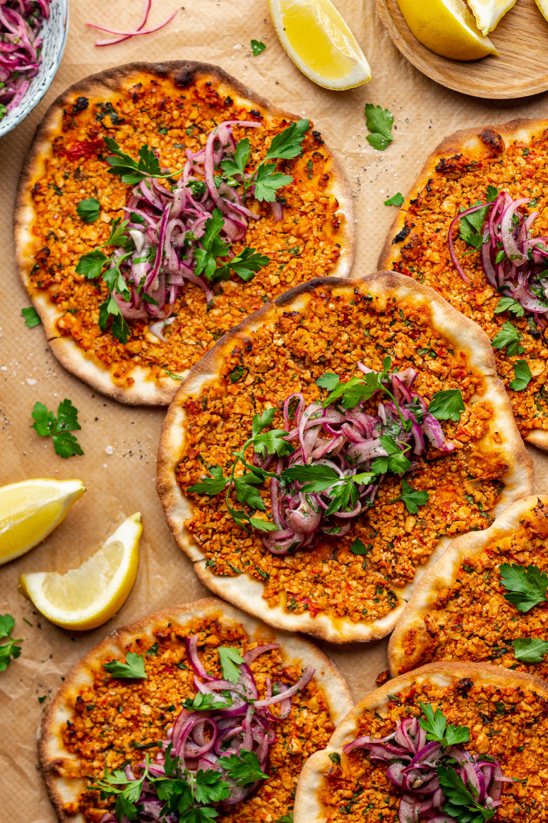 vegan turkish pizza lahmacun
