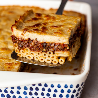 vegan pastitsio slice