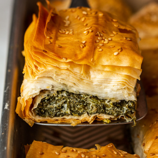 easy vegan spanakopita slice out