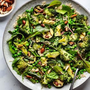 green vegan salad platter
