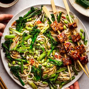teriyaki tofu noodle salad serving