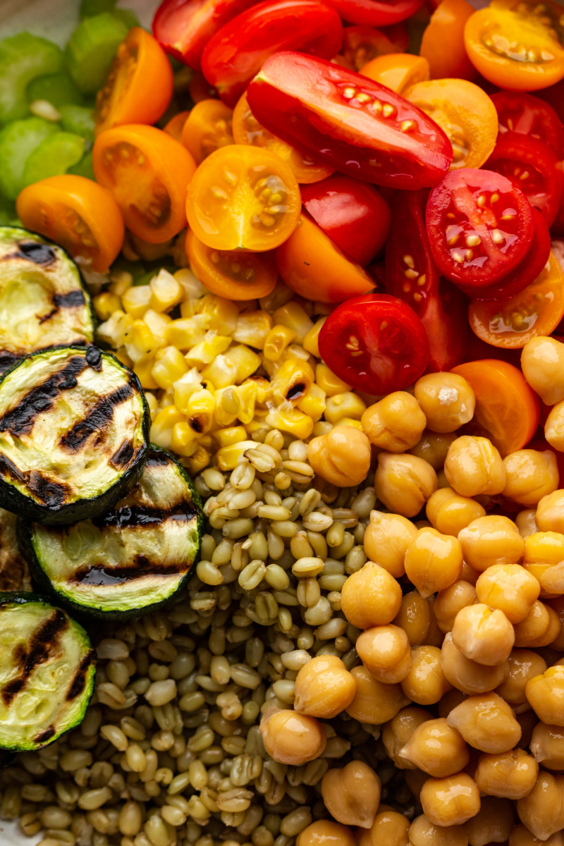 summer farro salad ingredients