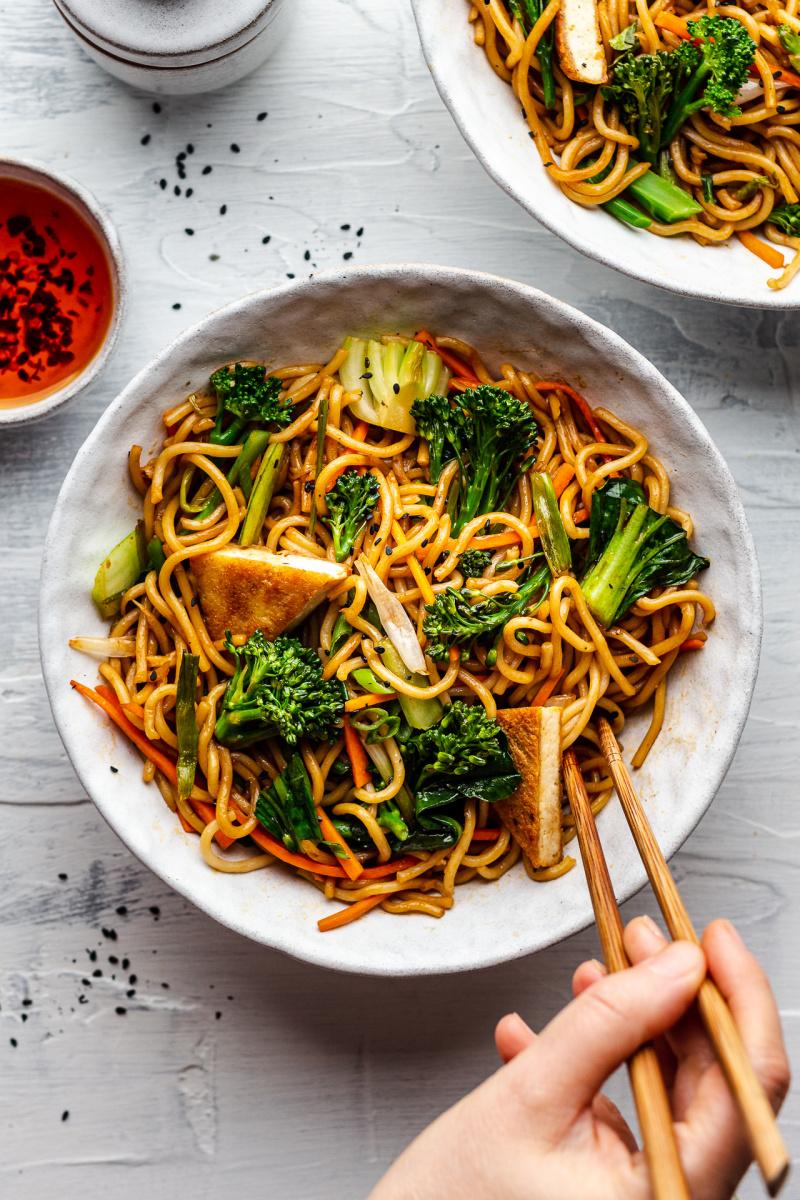 quick vegan spring onion noodles