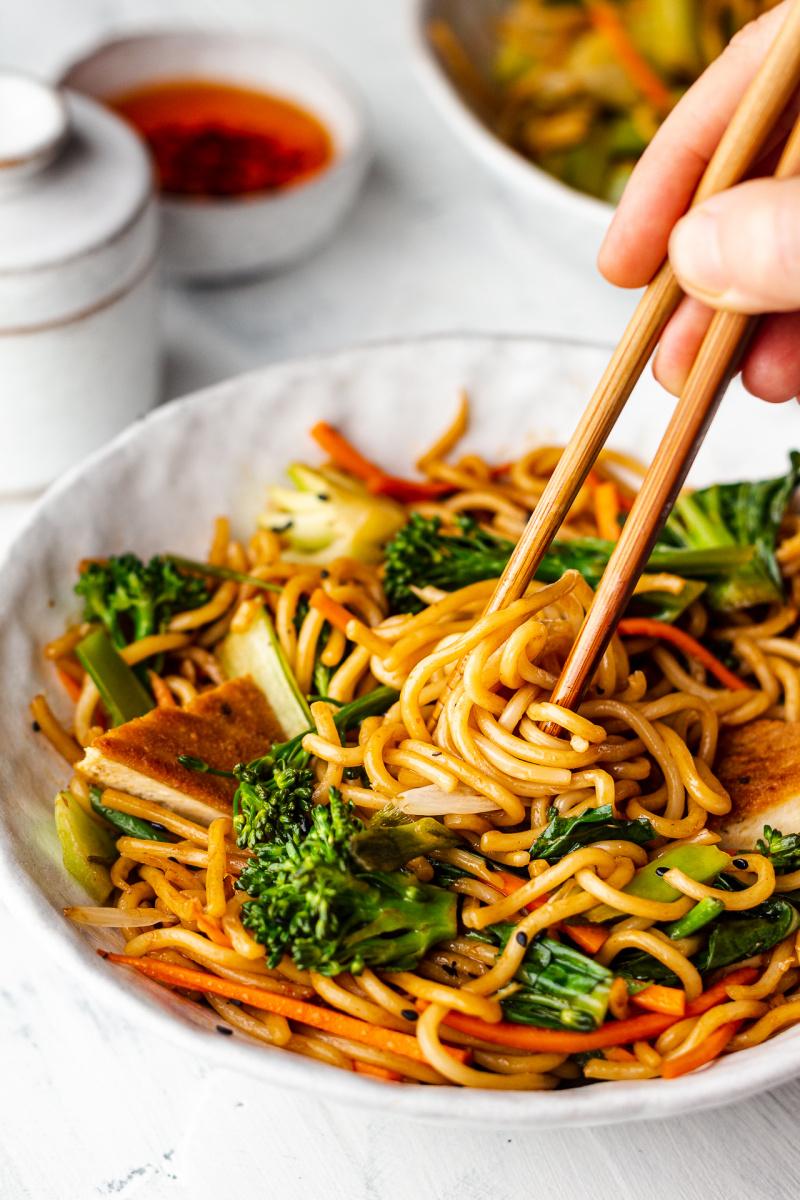 quick vegan spring onion noodles side