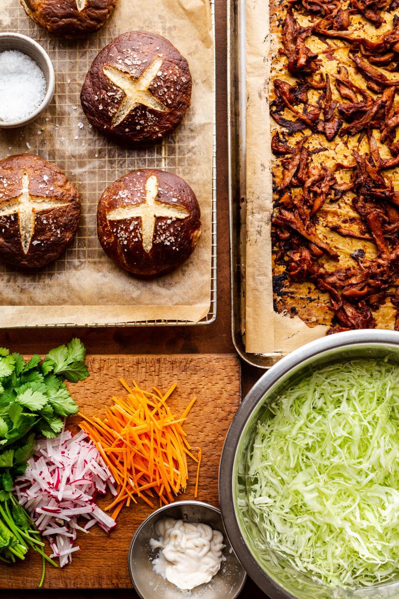vegan pulled pork burgers ingredients
