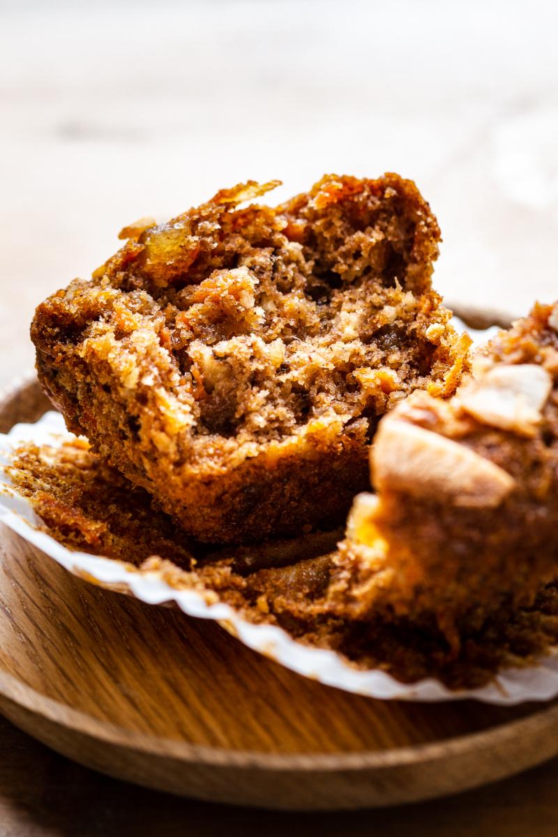 vegan carrot muffins spelt inside