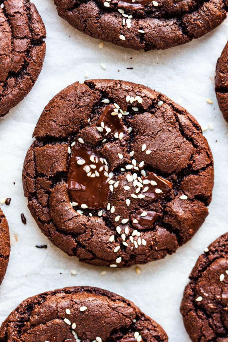 vegan chocolate cookies tahini